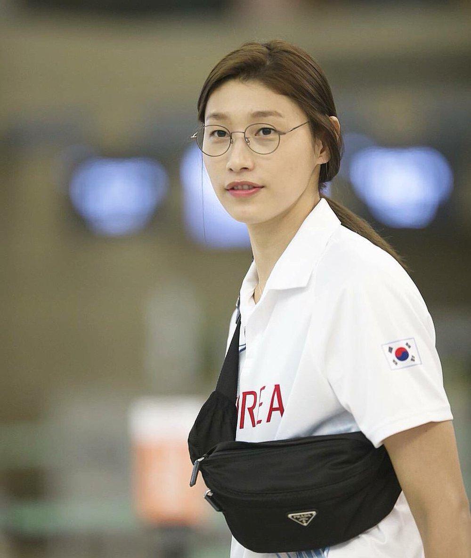 Nữ thần bóng chuyền Hàn Quốc tại Olympic: Cao 1m92, sở hữu tài sản triệu đô - Ảnh 4.