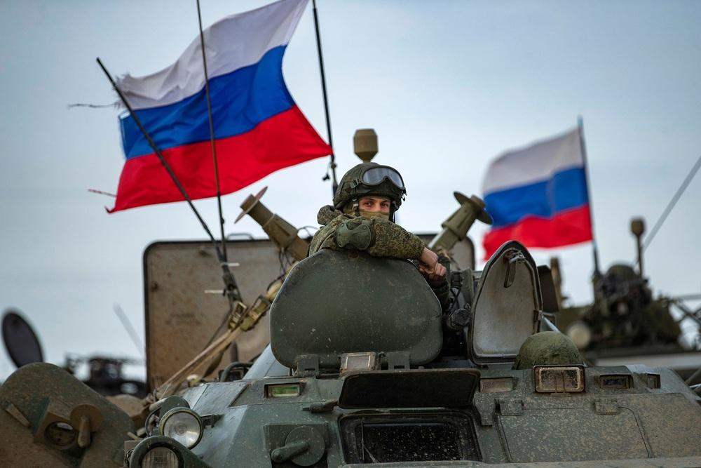 Rắn đã mất đầu, không ai cản được ông Putin: Nga sẽ bắn tan xác máy bay Israel ở Syria? - Ảnh 1.