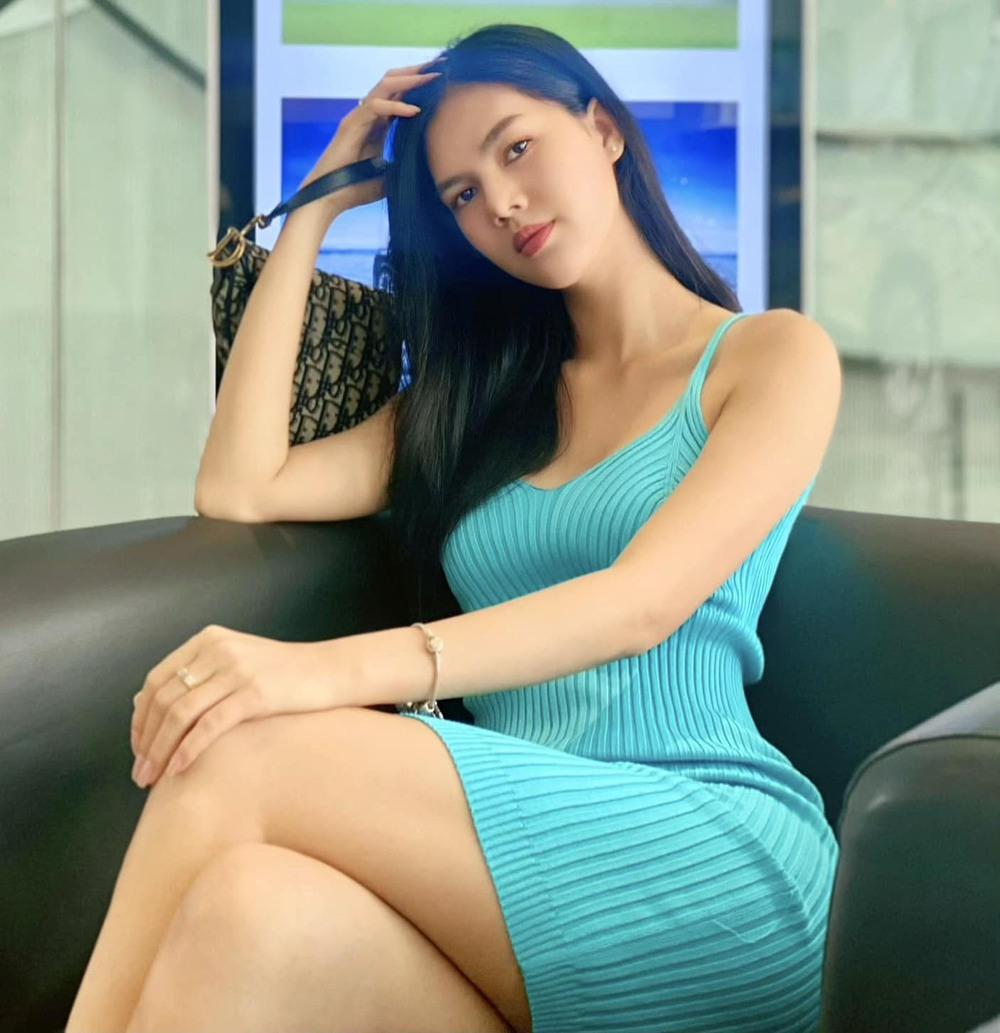 Diễn viên Ngọc Trinh thừa nhận đã cạo trọc đầu, bị trầm cảm nặng sau loạt biến cố - Ảnh 3.