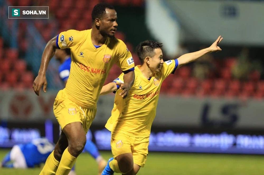 HAGL chia tay trung vệ châu Âu, nhiều CLB V.League đồng loạt thanh lý hợp đồng ngoại binh - Ảnh 2.