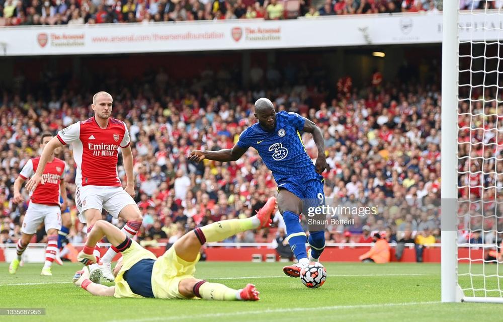 Lukaku càn quét đối thủ trong ngày trở lại, Chelsea lạnh lùng nhấn chìm Arsenal - Ảnh 2.