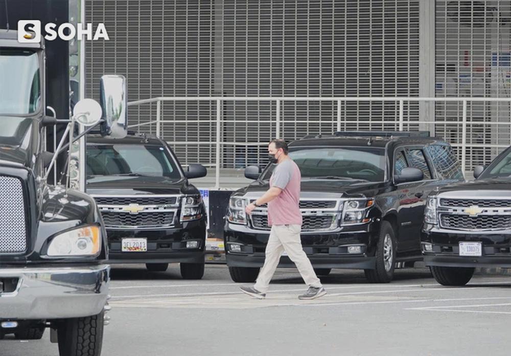 """Dàn xe của đặc vụ Mỹ tập kết tại """"cửa bếp"""" khách sạn, chuẩn bị đón Phó TT Mỹ Kamala Harris tới Việt Nam - Ảnh 10."""