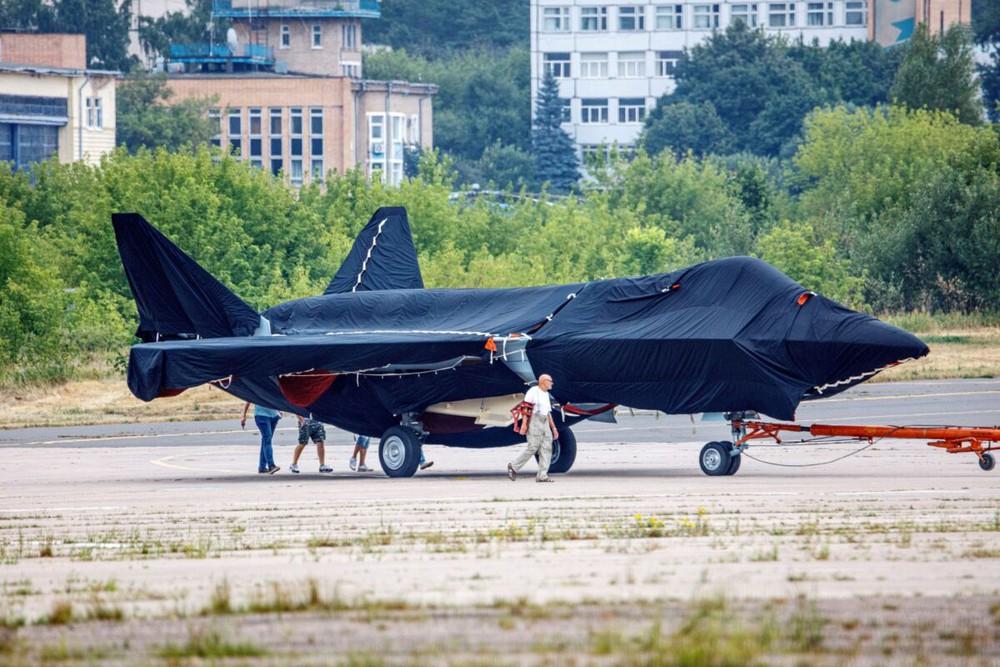 Su-75 Checkmate: Ngoài sức tưởng tượng - Nước cờ đỉnh cao của Nga, có kẻ cắn câu - Ảnh 2.
