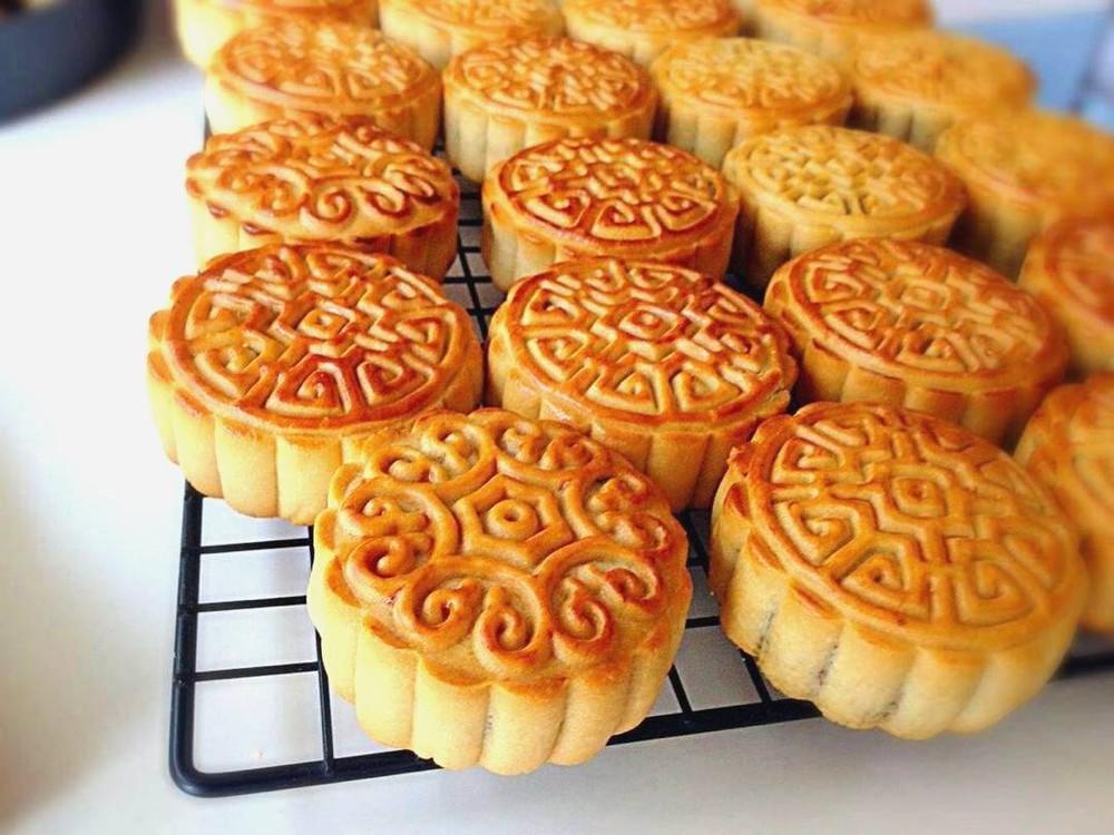 Nếm thử 3 món bánh cùng tên tại Việt Nam và Trung Quốc, các phiên bản này khác biệt ra sao? - Ảnh 7.