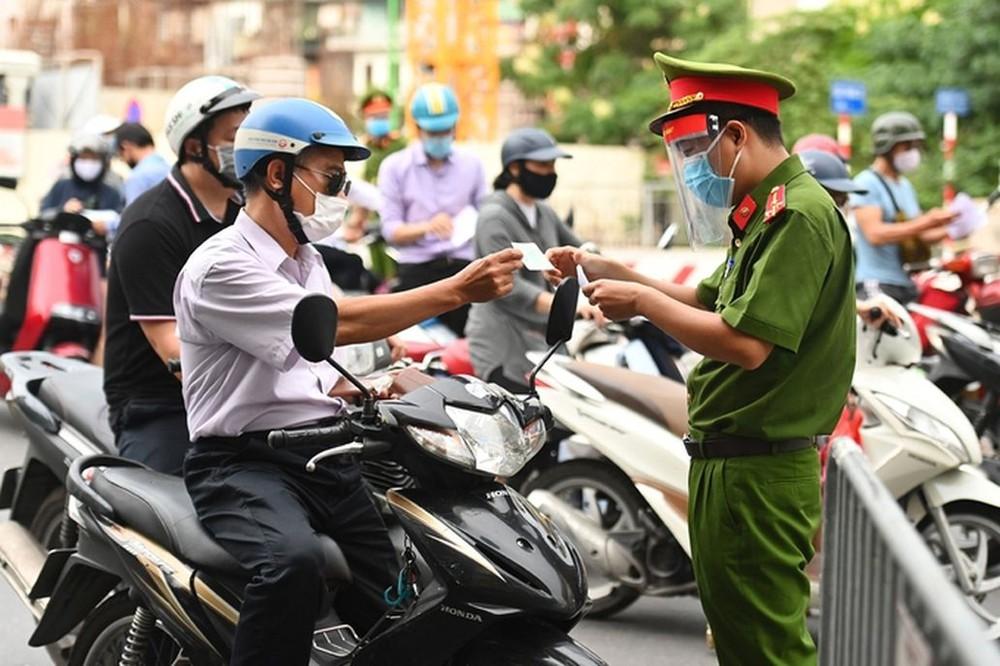 Công điện hỏa tốc của Thủ tướng: Tuyệt đối không để người dân ra đường đông trong dịp lễ Quốc khánh 2/9 - Ảnh 1.