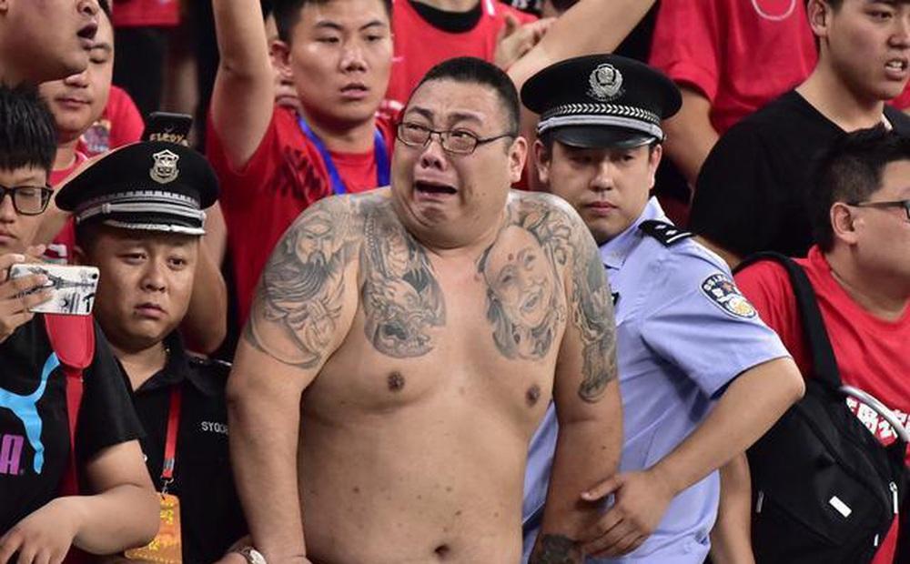 """Báo Trung Quốc: """"Tuyển Trung Quốc chưa học bò đã lo học chạy, rồi sẽ té ngã"""""""