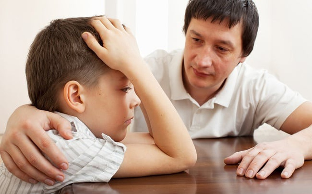 12 lời nhắn cha mẹ nhất định nên gửi đến con cái: Giá trị hơn việc để lại cho chúng cả núi bạc núi vàng!