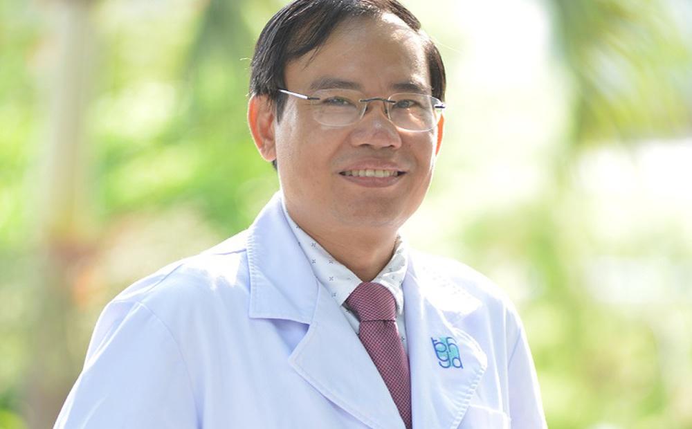 Bác sĩ BV ĐH Y Dược TP HCM hướng dẫn 3 bài tập giảm khó thở rất cần thiết cho F0 chưa tới được bệnh viện