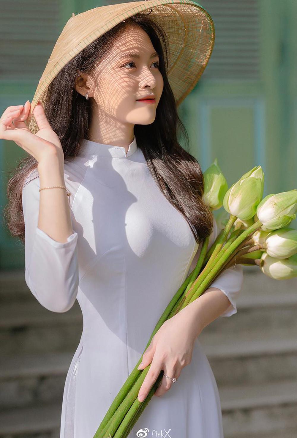 Hoa khôi trường Y sở hữu vẻ đẹp ngọt ngào gây thương nhớ trong tà áo dài - Ảnh 4.