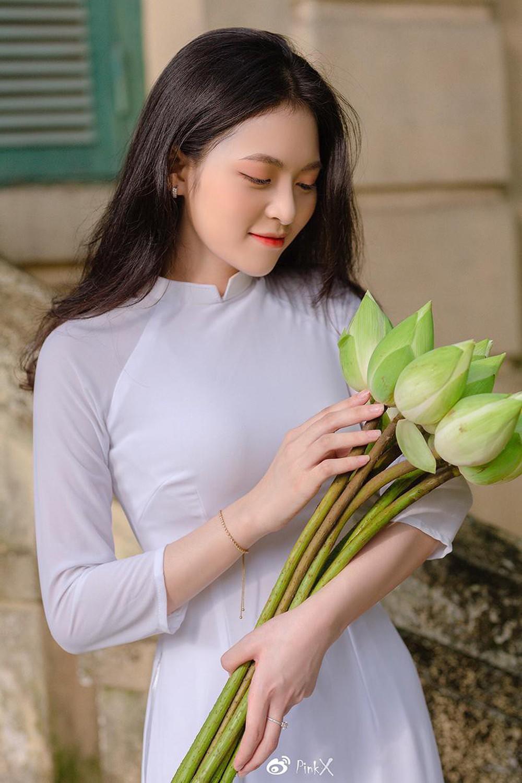 Hoa khôi trường Y sở hữu vẻ đẹp ngọt ngào gây thương nhớ trong tà áo dài - Ảnh 6.