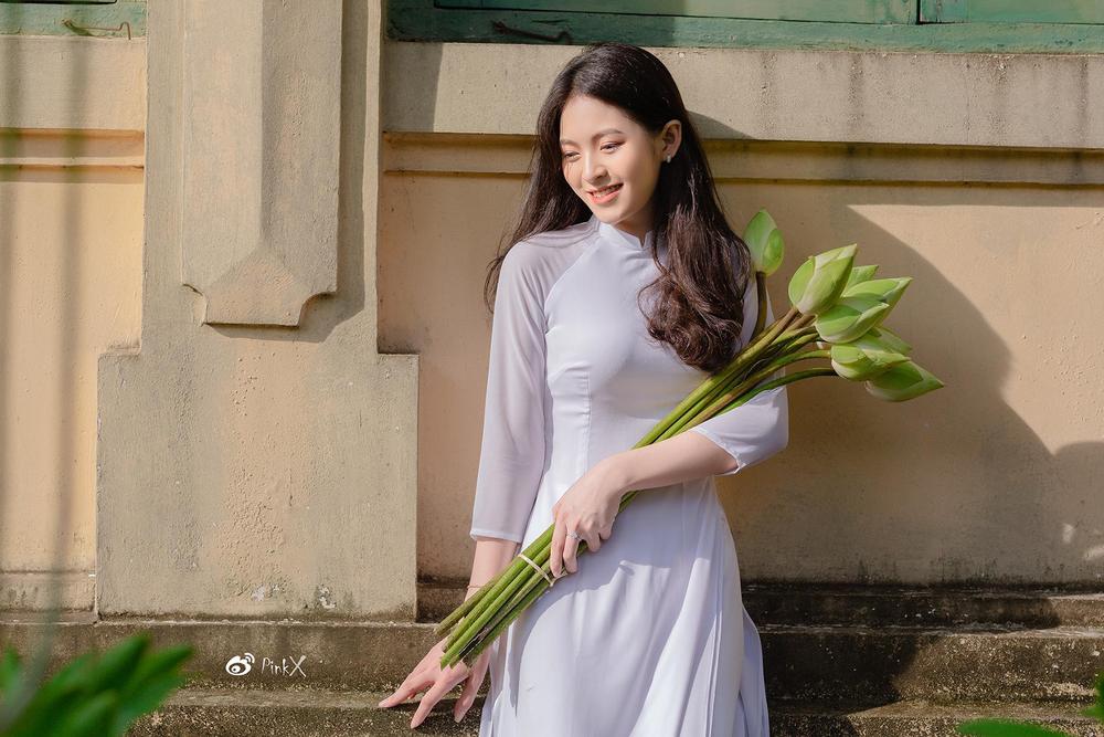 Hoa khôi trường Y sở hữu vẻ đẹp ngọt ngào gây thương nhớ trong tà áo dài - Ảnh 8.