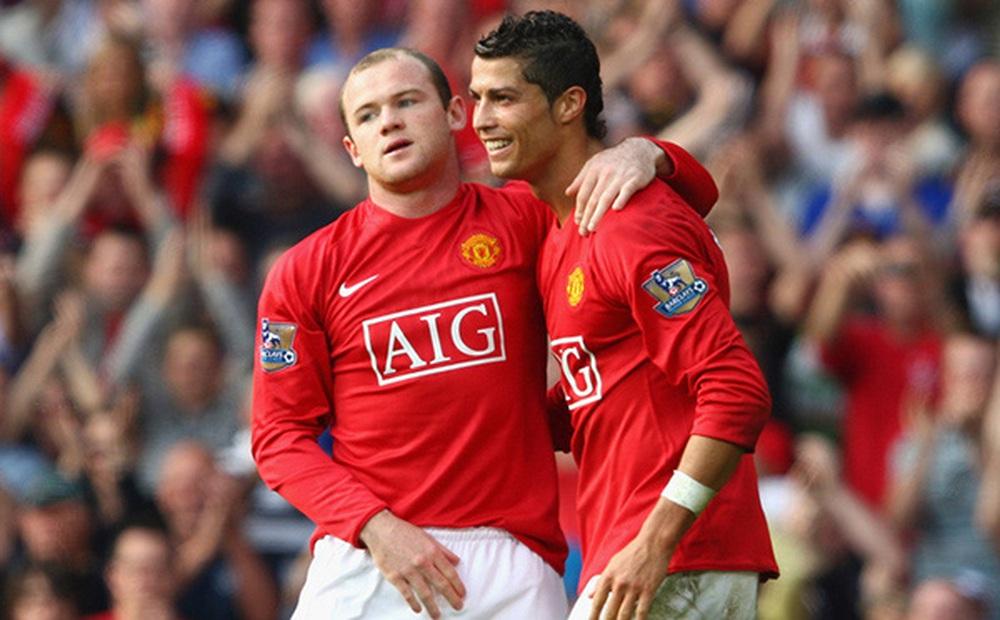 Wayne Rooney hy vọng Ronaldo đến PSG