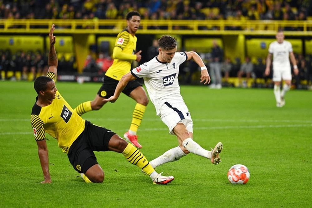 Dortmund 3 - 2 Hoffenheim: Haaland cứu rỗi Dortmund trong cuộc rượt đuổi tỉ số nghẹt thở - Ảnh 3.