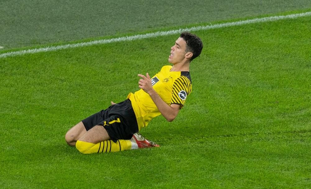 Dortmund 3 - 2 Hoffenheim: Haaland cứu rỗi Dortmund trong cuộc rượt đuổi tỉ số nghẹt thở - Ảnh 4.