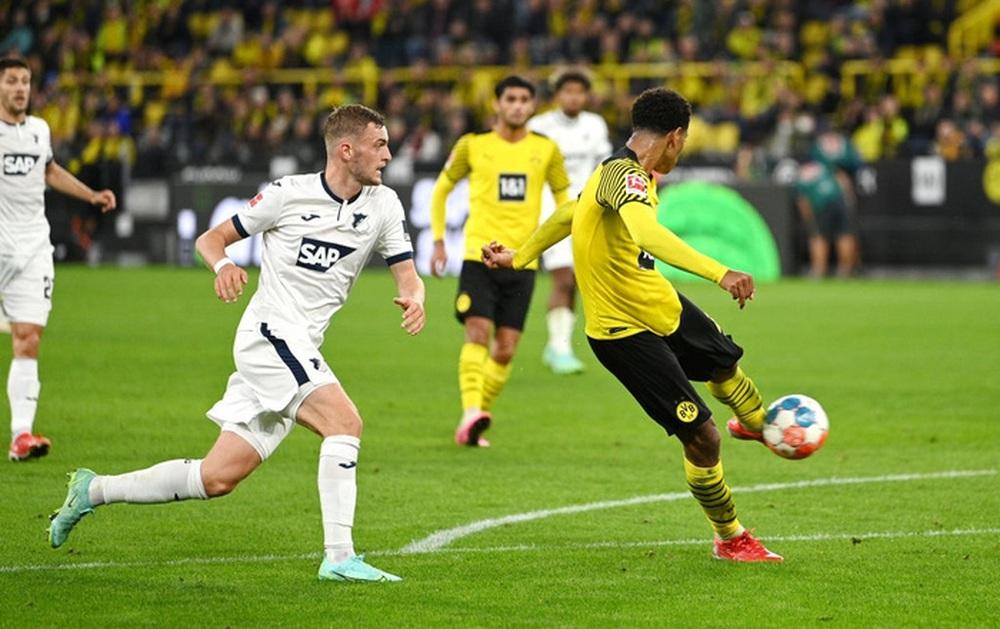 Dortmund 3 - 2 Hoffenheim: Haaland cứu rỗi Dortmund trong cuộc rượt đuổi tỉ số nghẹt thở - Ảnh 6.