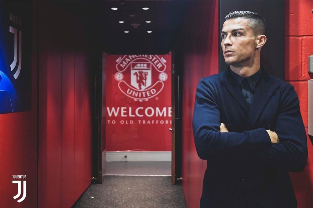 Ronaldo vượt qua bài kiểm tra cuối cùng, chính thức ký hợp đồng khủng với Man United - Ảnh 1.