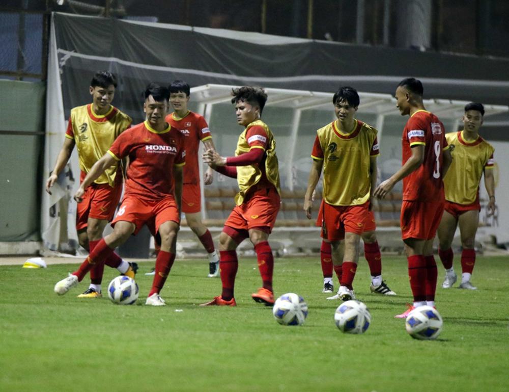 Vòng loại World Cup: HLV Park Hang-seo quyết liệt ngăn gián điệp thăm dò đội tuyển Việt Nam - Ảnh 1.