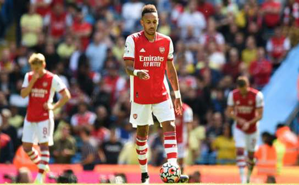 Chạm mốc cực tệ, Arsenal có thể rớt hạng như Wolves?