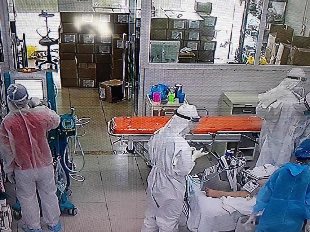 78 ngày chiến đấu, bệnh nhân mắc Covid-19 chức năng phổi xấu trầm trọng đã chiến thắng ngoạn mục - Ảnh 1.