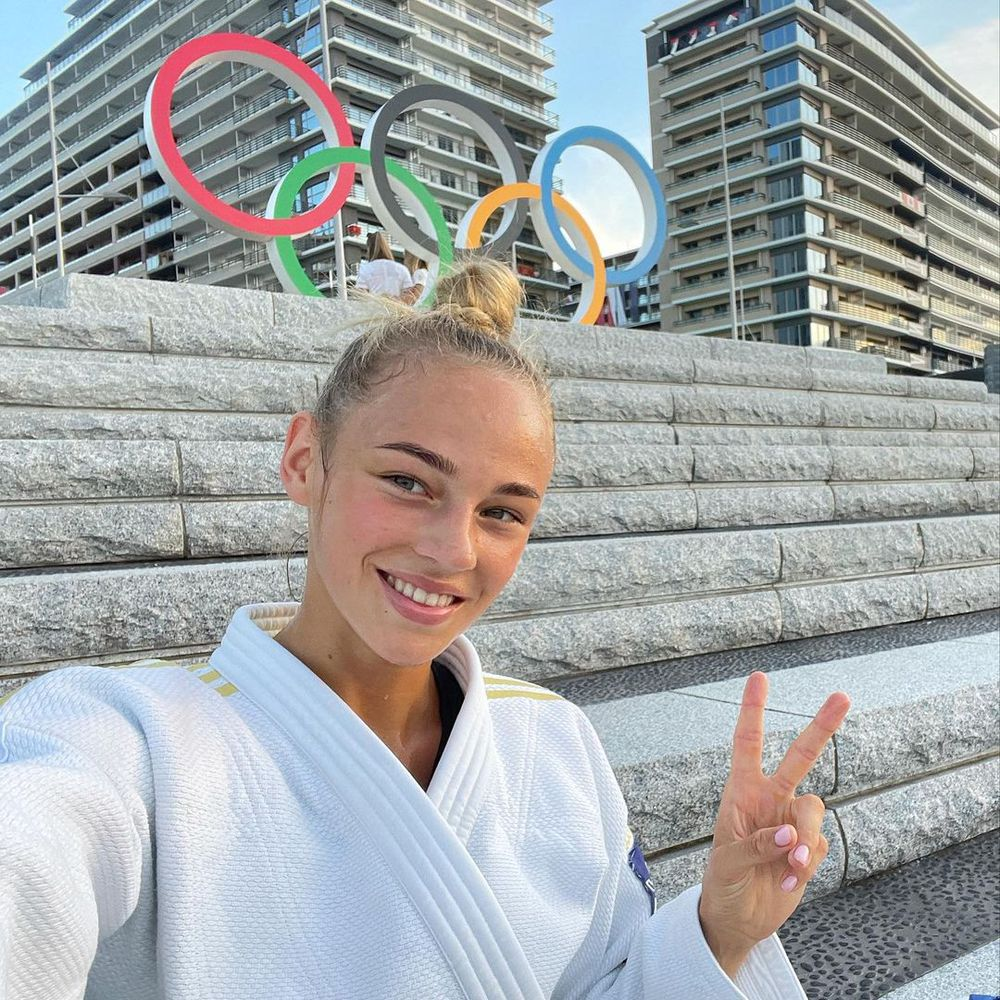 """""""Hot girl Judo"""" gây sốt Olympic Tokyo 2020: Body tuyệt đẹp, vô cùng nữ tính - Ảnh 2."""