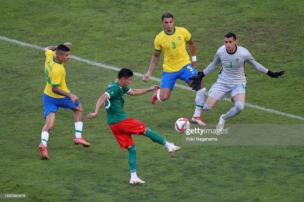 Brazil đòi thành công món nợ 9 năm trước, vào chung kết Olympic sau loạt 11m cân não - Ảnh 4.