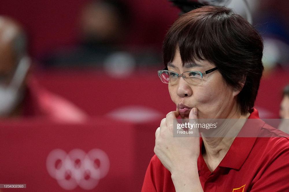 VĐV Trung Quốc khóc như mưa, cúi rạp người chia tay HLV huyền thoại ở Olympic Tokyo 2020 - Ảnh 13.