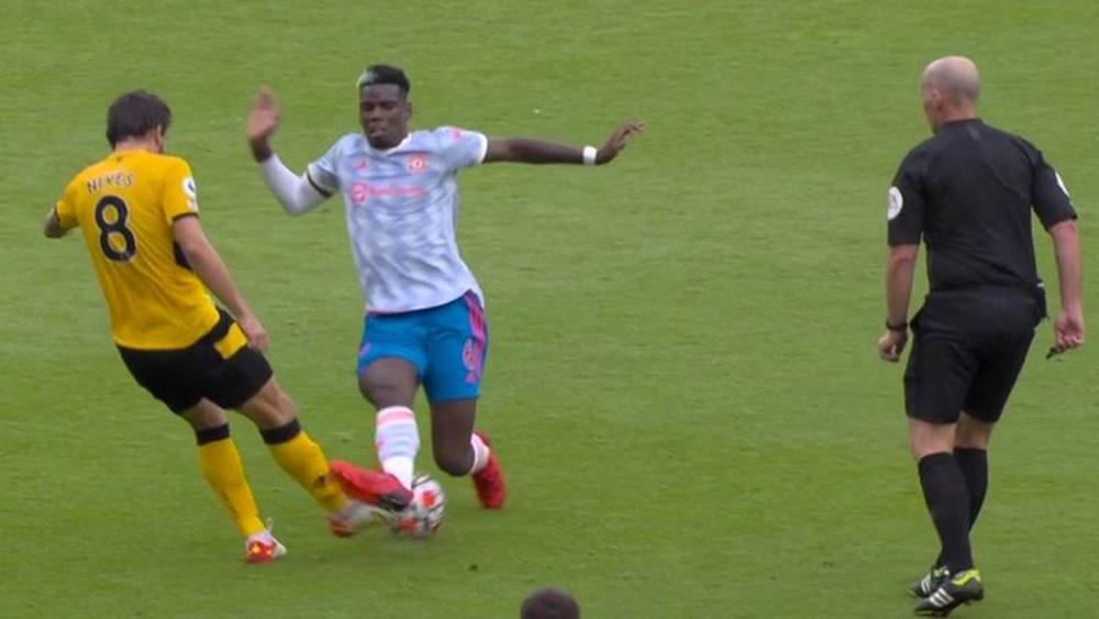 Toàn cảnh tình huống gây tranh cãi nhất trong trận Wolves 0-1 MU - Ảnh 1.