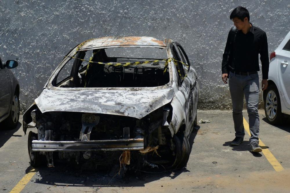 Vợ Đại sứ Hy Lạp tại Brazil cùng người tình giết chồng, thiêu rụi thi thể trong ô tô - Ảnh 1.