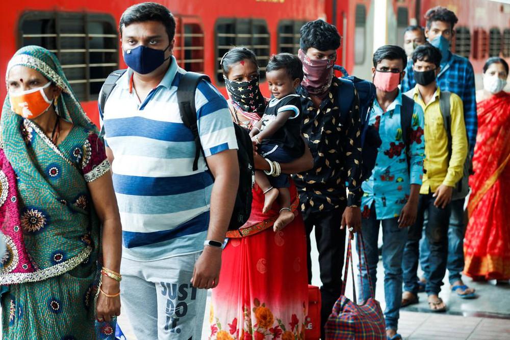 Số ca nhiễm COVID-19 ở Ấn Độ tăng trở lại, đạt mức cao kỷ lục - Ảnh 1.