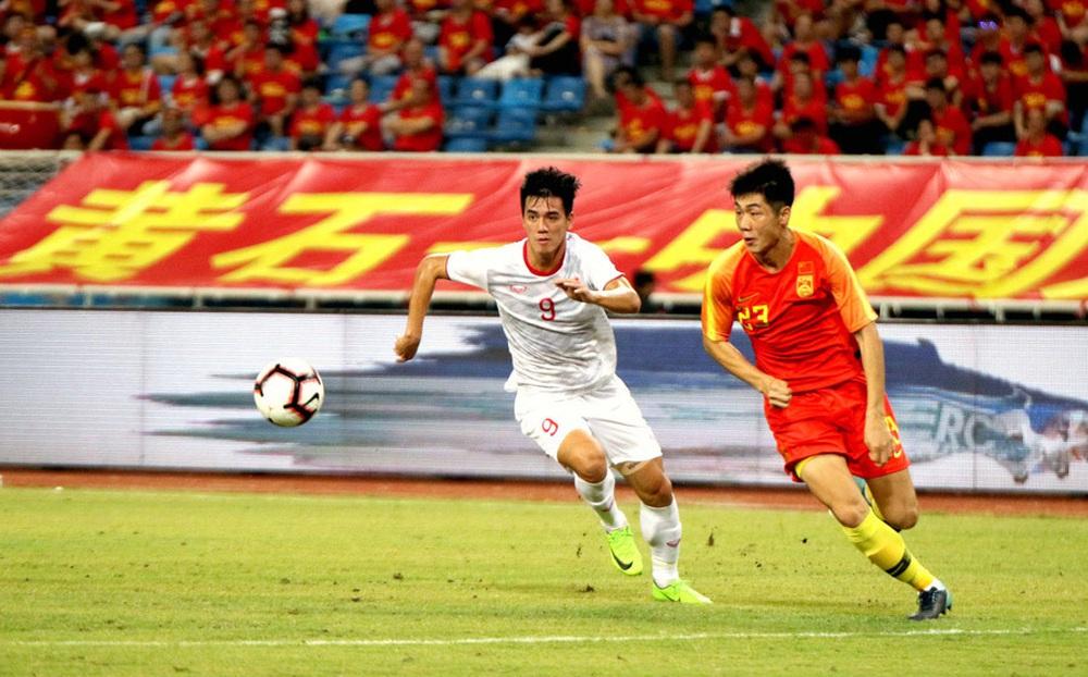 ĐT Việt Nam và Trung Quốc cùng gây sốc ở 'cuộc đua đến World Cup'