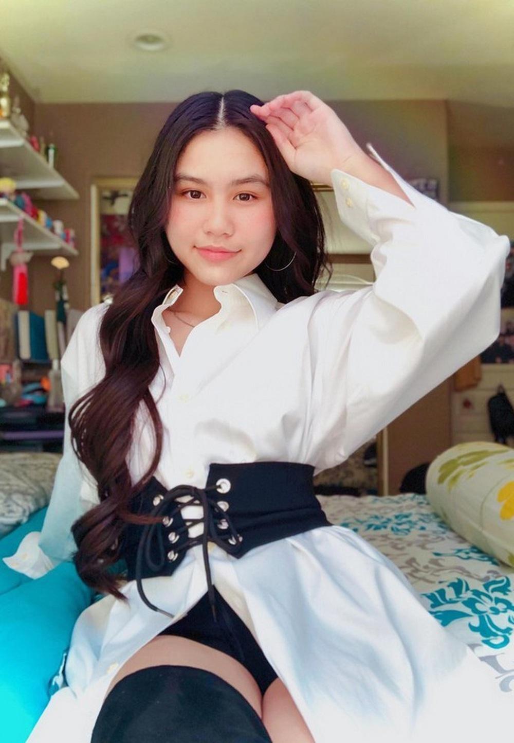 Vẻ phổng phao, tài giỏi ở tuổi 17 của con gái ruột NSƯT Ngọc Huyền - Ảnh 4.