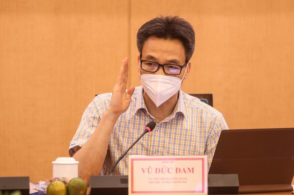 Phó Thủ tướng Vũ Đức Đam: Hà Nội phải sẵn sàng mọi tình huống dịch Covid-19, không để bị động, bất ngờ - Ảnh 2.