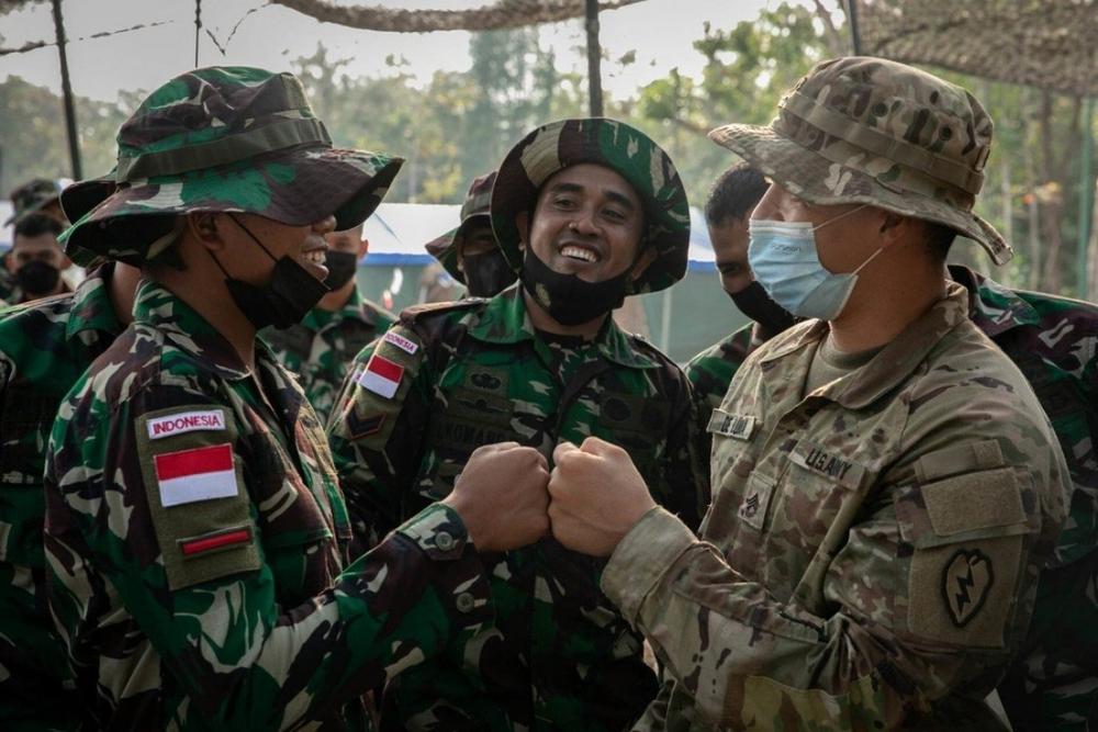 Mục đích của Mỹ và Indonesia khi tổ chức cuộc tập trận chung lớn chưa từng có - Ảnh 1.