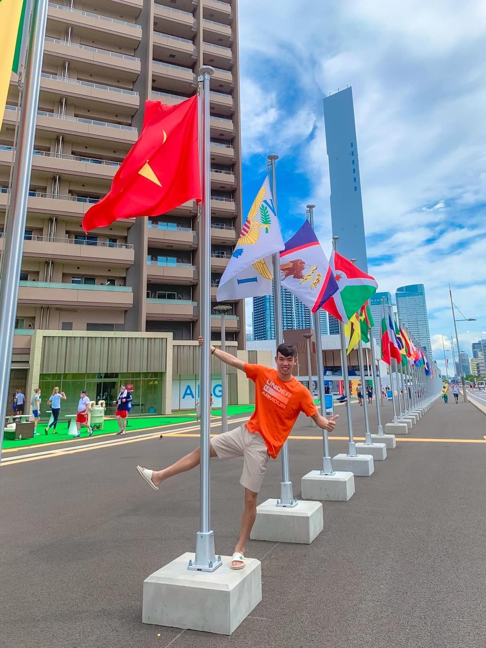 Kình ngư Huy Hoàng chia sẻ kỷ niệm khó quên ở Olympic Tokyo 2020 - Ảnh 2.