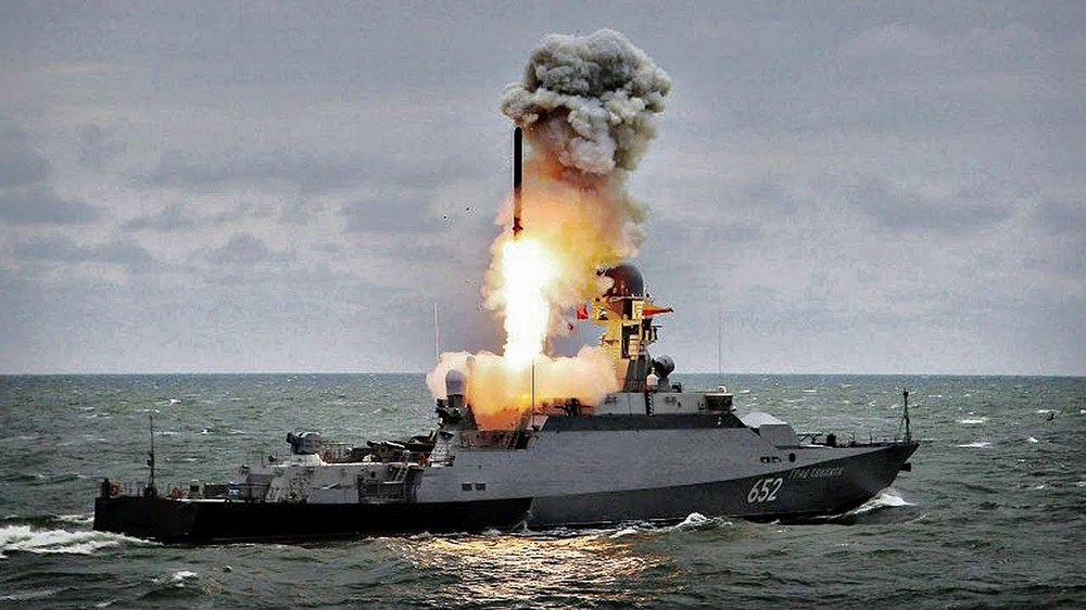 Mỹ ném NATO vào móng vuốt Gấu Nga: Moscow xử đẹp, châu Âu lo sốt vó! - Ảnh 3.