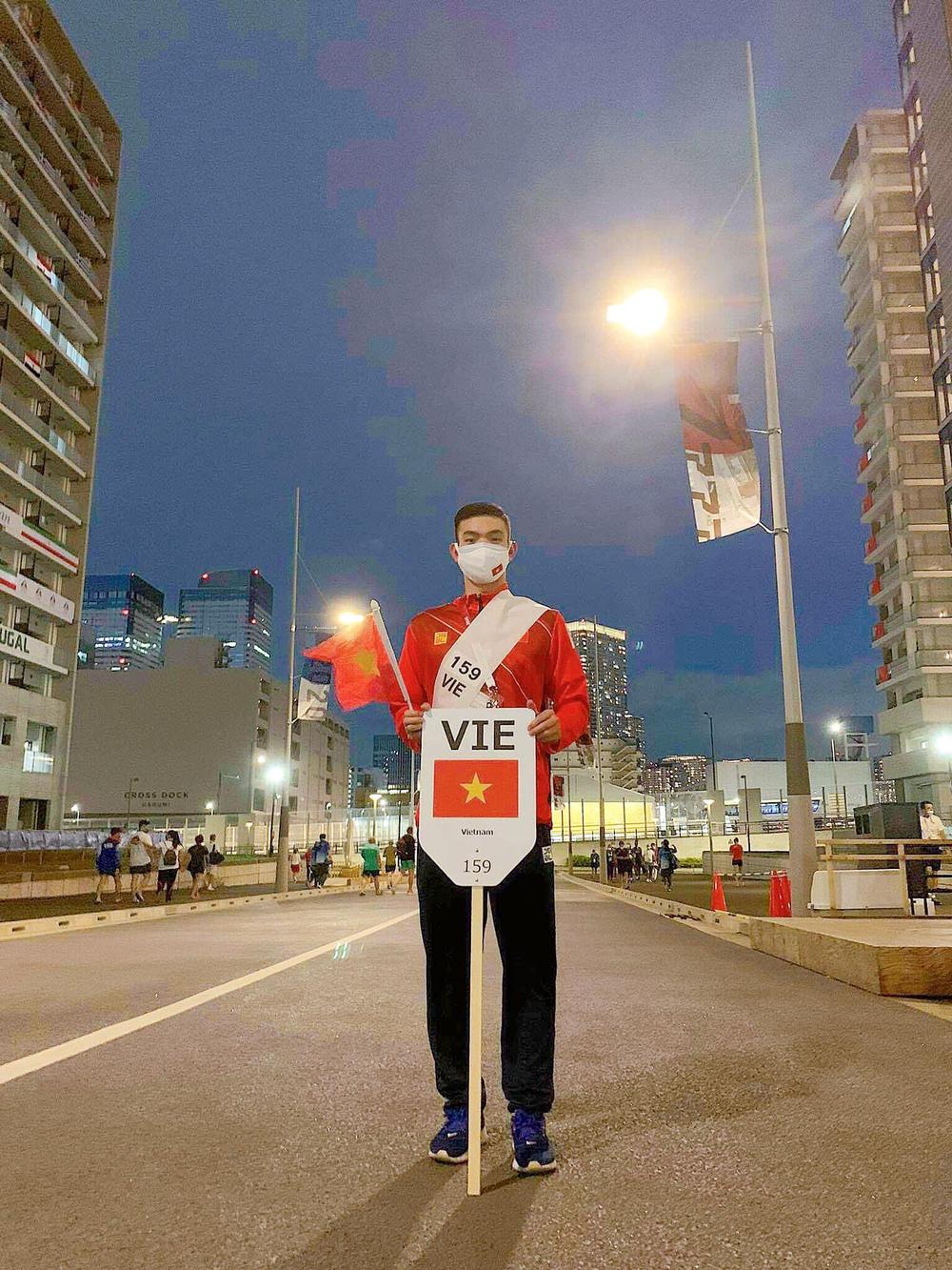 Kình ngư Huy Hoàng chia sẻ kỷ niệm khó quên ở Olympic Tokyo 2020 - Ảnh 4.