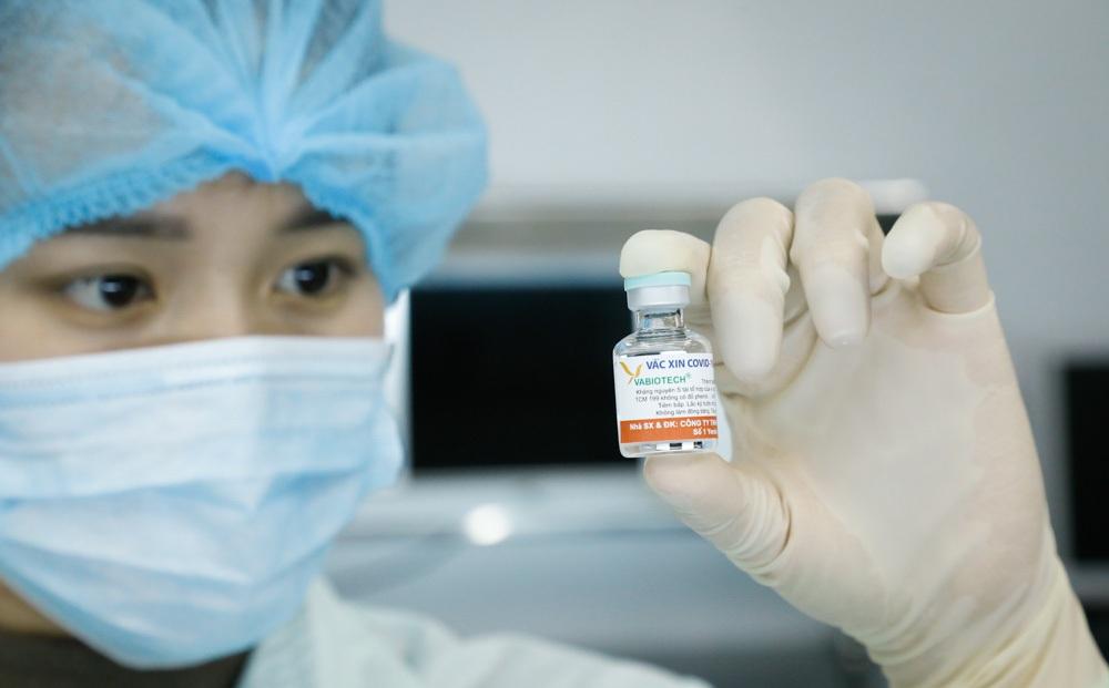 Việt Nam tham vấn chuyên gia quốc tế về phê duyệt khẩn cấp vắc xin Covid-19 trong nước