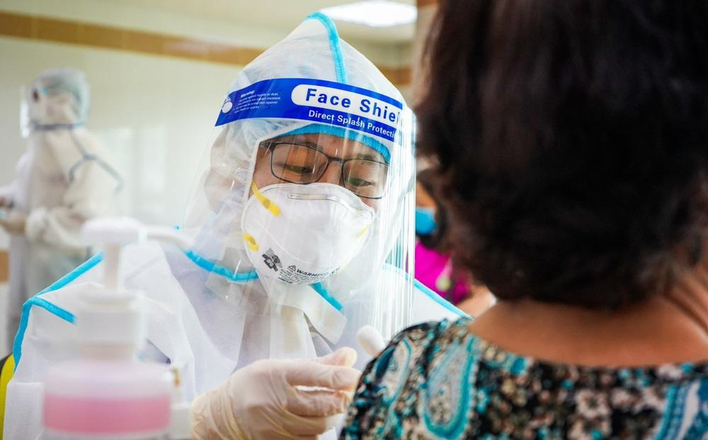USAID và CDC Hoa Kỳ cam kết hỗ trợ Việt Nam có thêm nguồn cung ứng vắc xin, trang thiết bị điều trị Covid-19