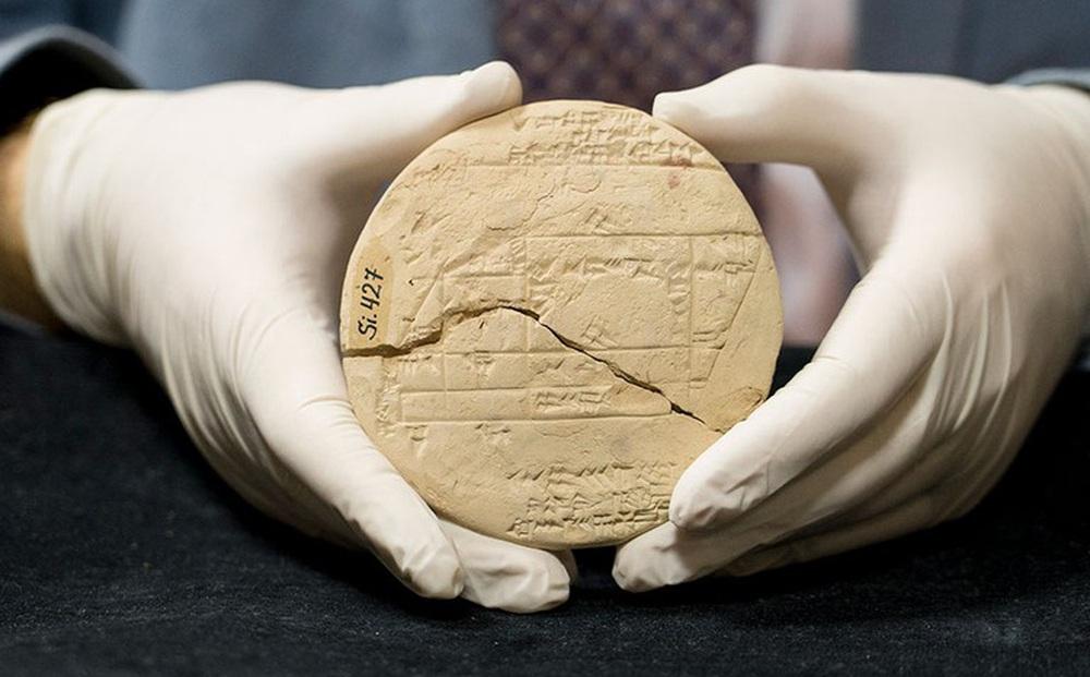 Tìm thấy 'vật thể' 3.700 năm tuổi của người Babylon: Ẩn chứa bí mật kinh ngạc thời xưa!
