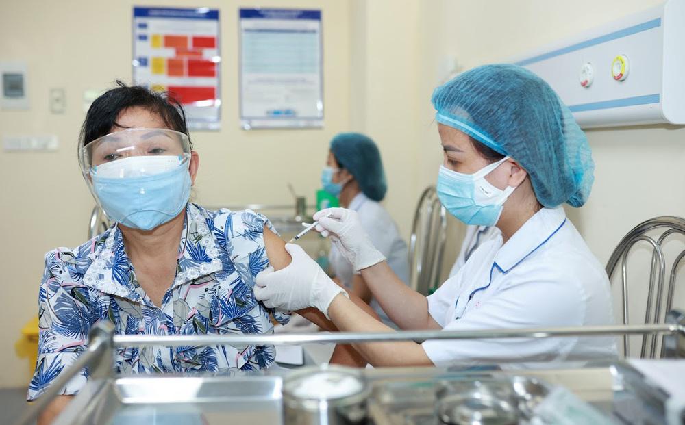 Bộ Y tế khuyến cáo: 19 bệnh nền khiến người bệnh có nguy cơ mắc Covid-19 cao nhất