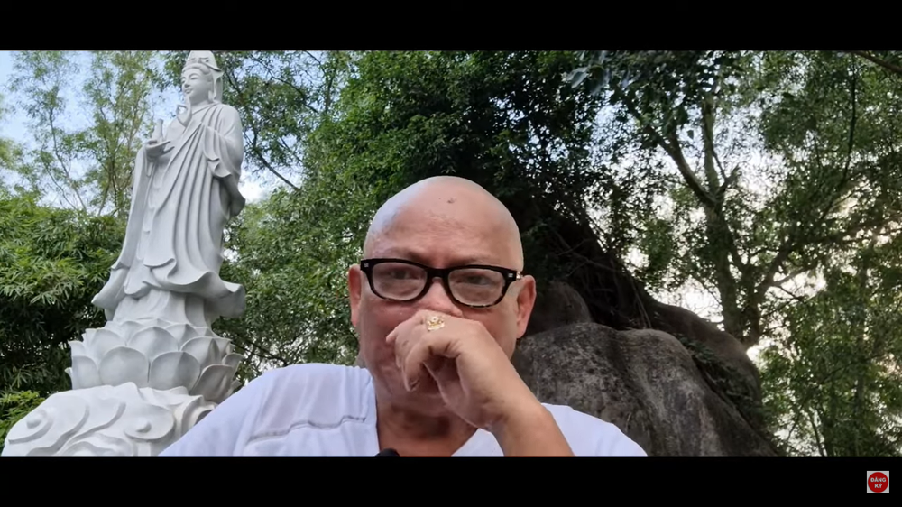Nghệ sĩ Tấn Hoàng xuống tóc, suýt khóc: Tôi bất lực rồi - Ảnh 3.
