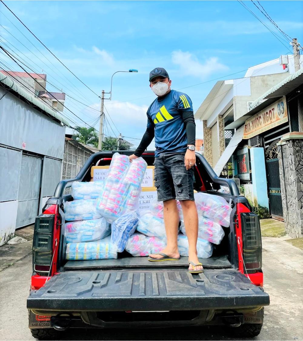 Doanh nhân Đồng Nai bán xe biển VIP 66666 giá 190 triệu đồng, mua xe cứu thương làm xe 0 đồng mùa dịch - Ảnh 3.