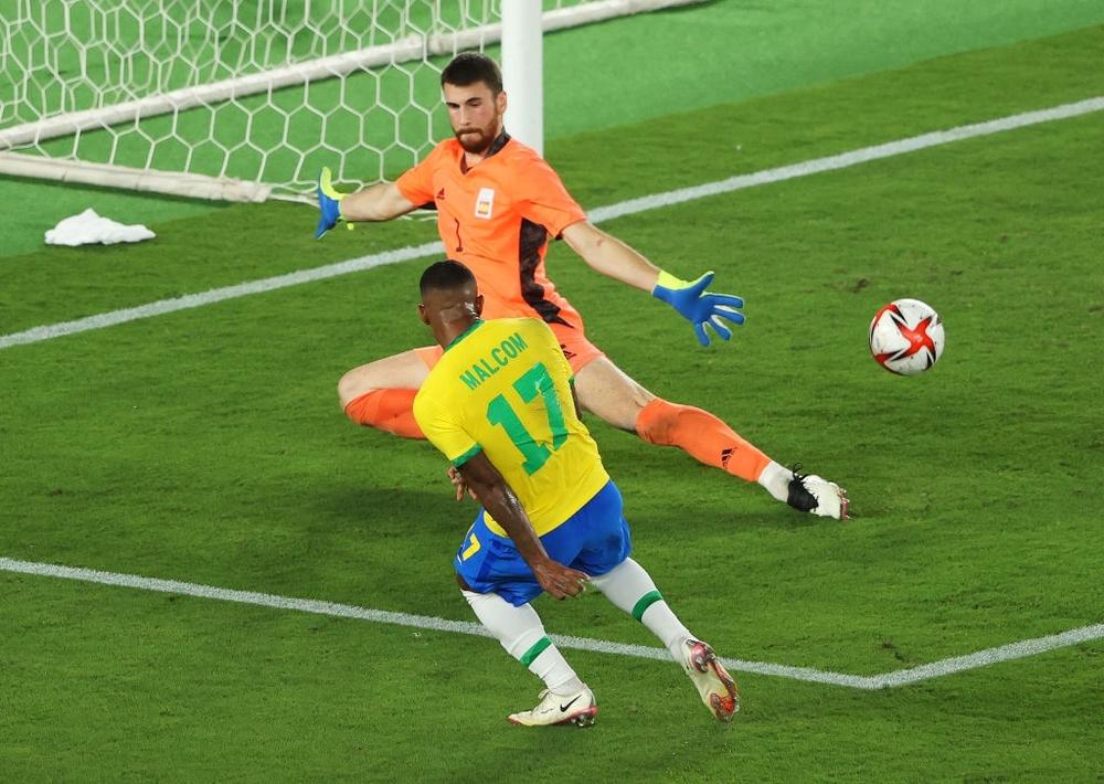 Ném đi 2 cơ hội mười mươi, Brazil đăng quang bằng đòn hồi mã thương cực kỳ mãn nhãn - Ảnh 5.