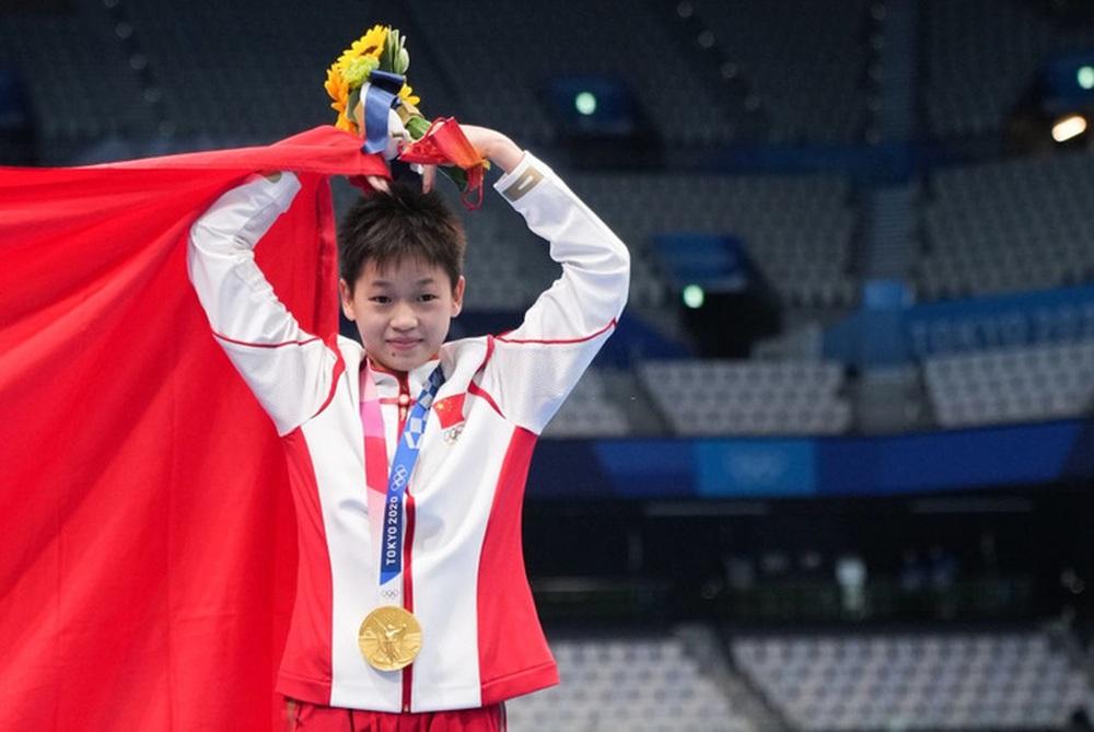 Cộng đồng mạng Trung Quốc phẫn nộ trước bài đăng của báo Úc về nhà vô địch Olympic 14 tuổi - Ảnh 4.
