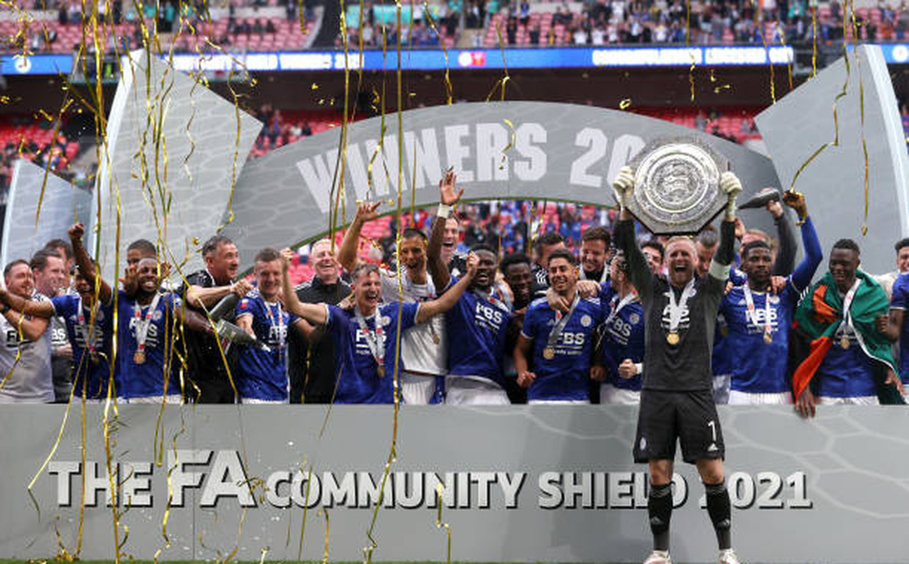 Leicester giành Siêu cúp, Grealish ra mắt buồn