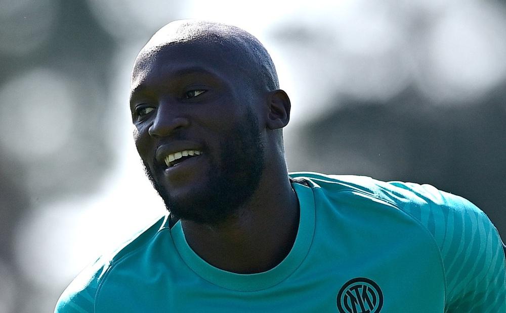 XONG! Chelsea phá kỷ lục mua Lukaku