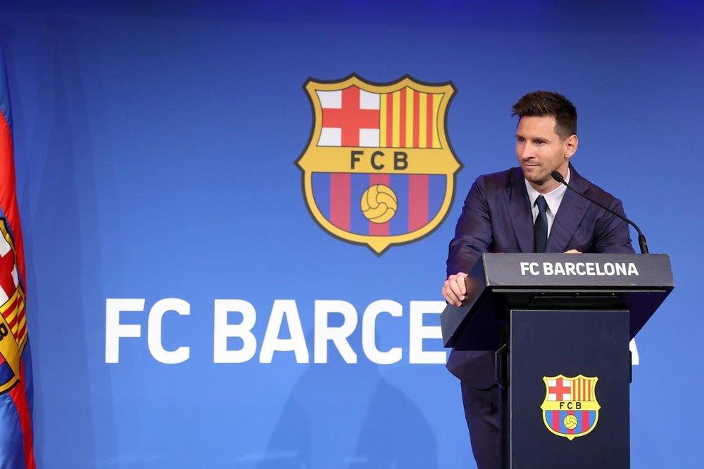 Quay xe vào phút chót, Messi khiến đám đông người hâm mộ PSG chưng hửng - Ảnh 2.