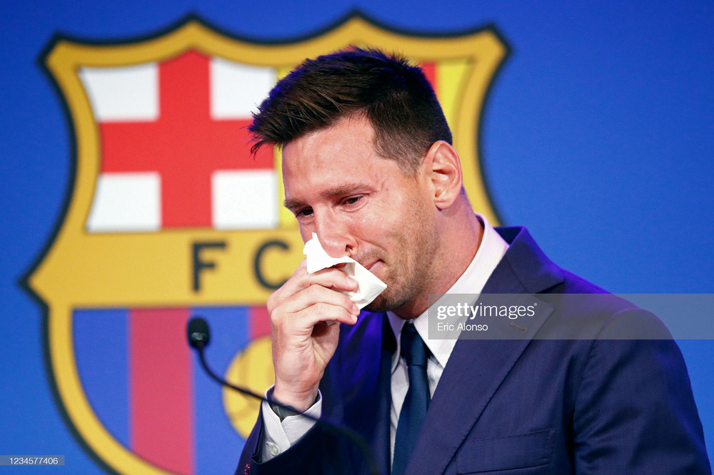 Đồng minh của Barcelona bất ngờ đâm đơn kiện PSG, Messi có nguy cơ thất nghiệp - Ảnh 1.