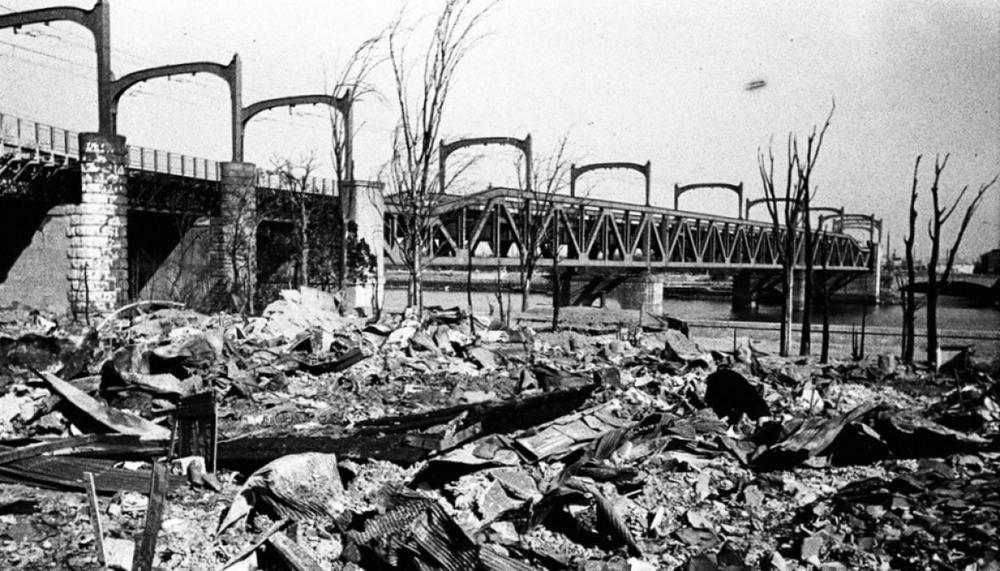 Vụ ném bom nào của Mỹ khủng khiếp hơn Hiroshima và Nagasaki? - Ảnh 2.