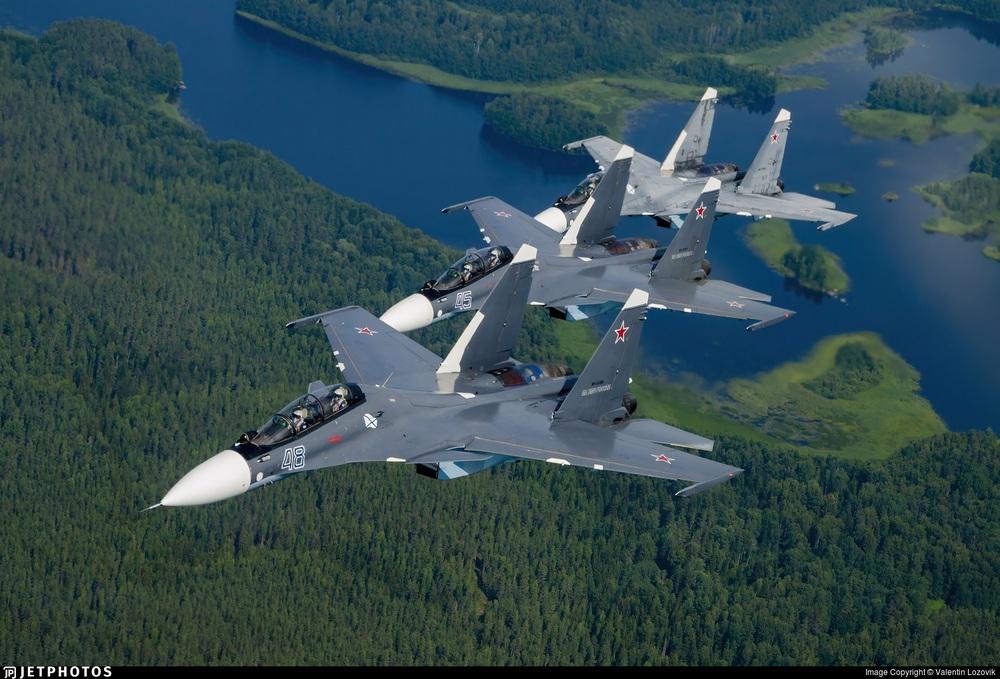 Báo Nga: TT Putin buộc ông Lukashenko phải hạ cánh khẩn cấp xuống căn cứ không quân Nga - Ảnh 3.